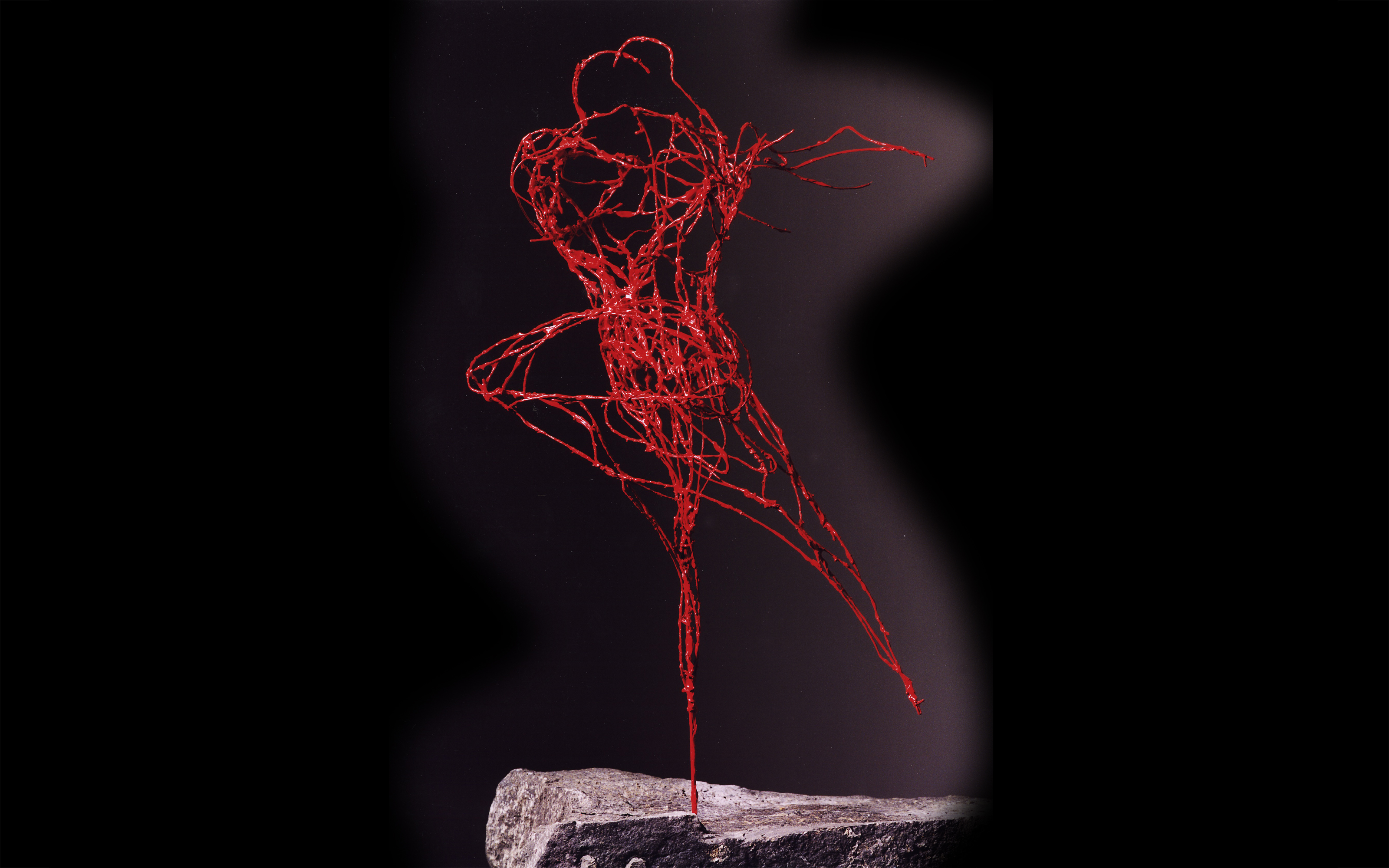 """Tango"", copper wire, painted, 40 x 30 x 25 cm, 1998"