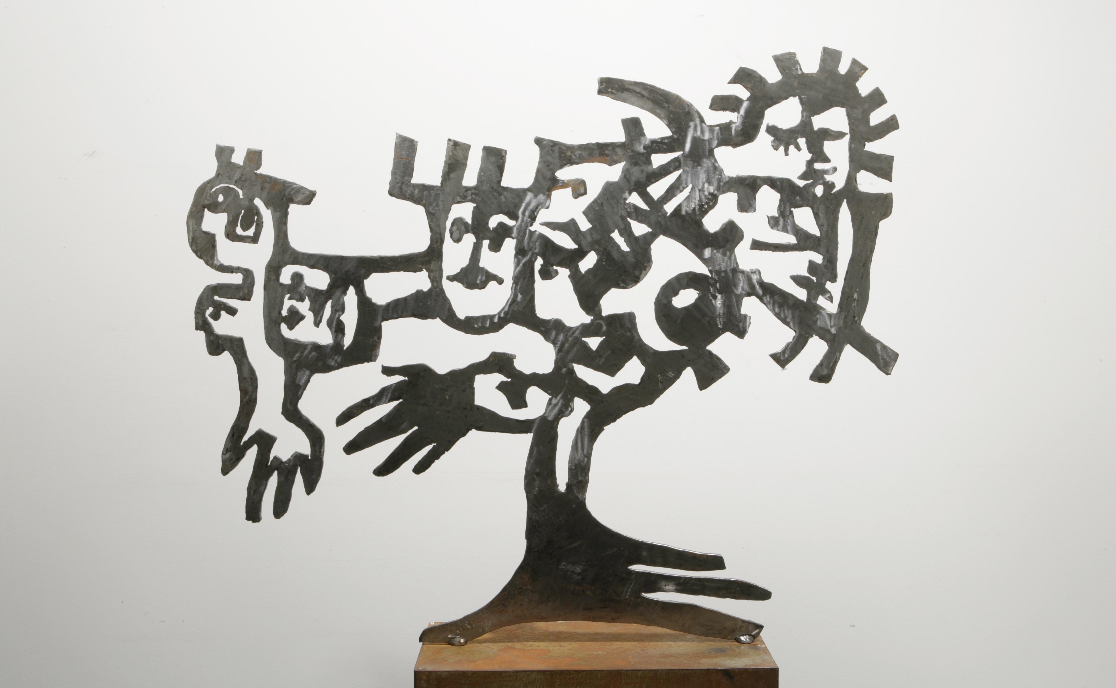 """reflecting plant"", steel, 110 x 160 x 30 cm, 2004"